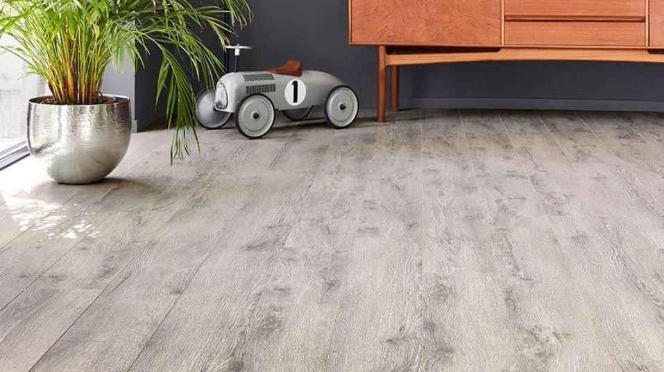 Cómo limpiar suelo laminado